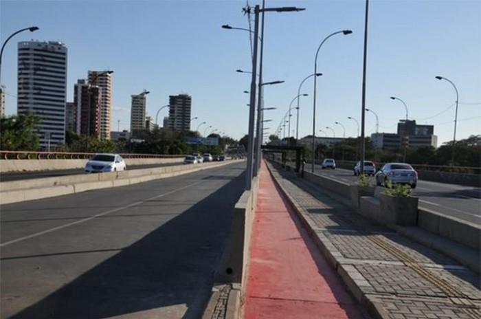 Ponte JK agora tem passeio para pedestres, ciclistas e nova praça