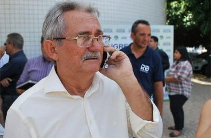 TCE julga improcedente denúncias contra o prefeito Carlos Monte