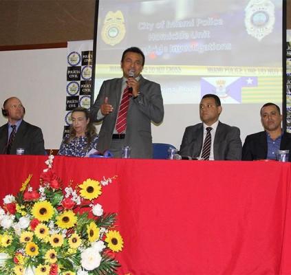 Fábio Abreu anuncia concurso da Polícia Civil