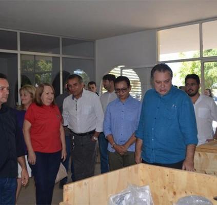 Governo entrega equipamentos odontológicos para Uespi de...