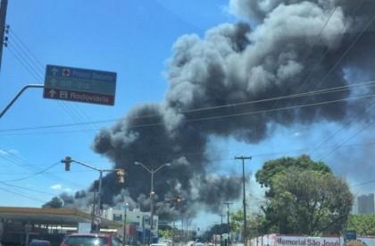 Incêndio assusta moradores na zona sul de THE