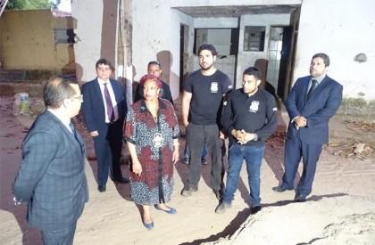 Ministra de Direitos Humanos visita presídio onde criança foi...