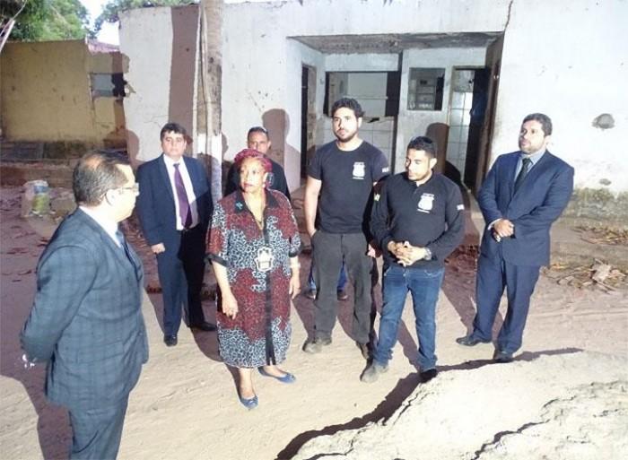 Ministra de Direitos Humanos visita presídio onde criança foi achada em cela