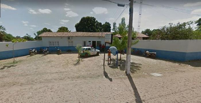 Pais de criança encontrada na Major Cesar prestam depoimento em Altos