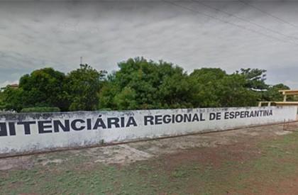 Detentos iniciam motim na Penitenciária de Esperantina