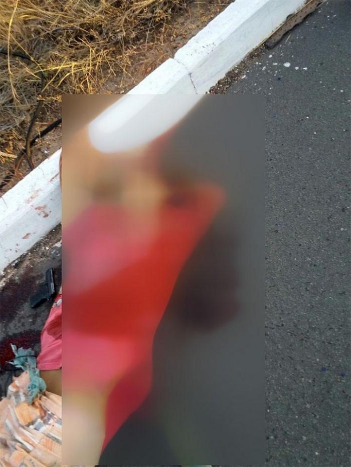 Suspeito de assalto é morto durante troca de tiros com a polícia