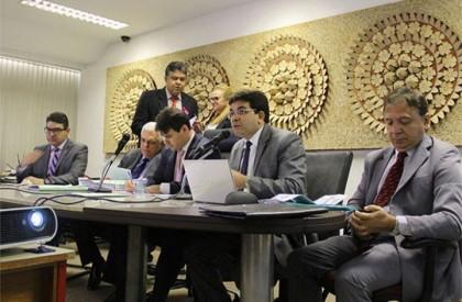CCJ e Finanças aprovam nova operação de crédito do Governo