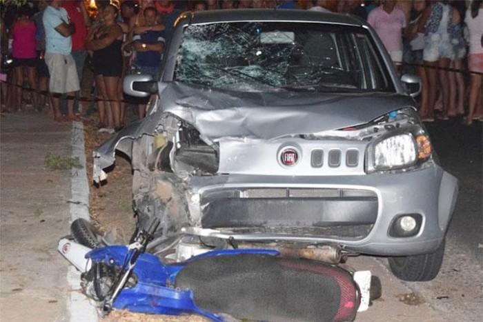 Colisão entre carro e motocicleta deixa uma pessoa morta em Parnaíba