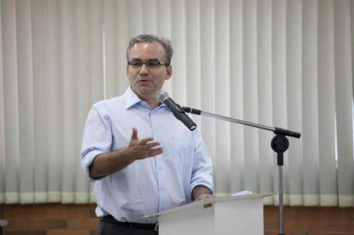Prefeito assina decreto de desapropriação de 762 imóveis