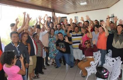 Prof. Socorro comemora aniversário com parentes, amigos e correligionários