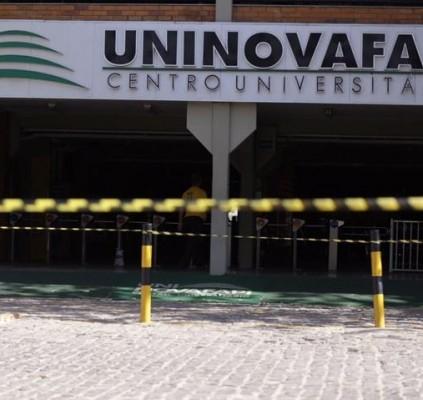 Prova do Enem é cancelada em universidade...