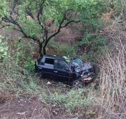 Acidente entre 4 veículos deixa uma pessoa...