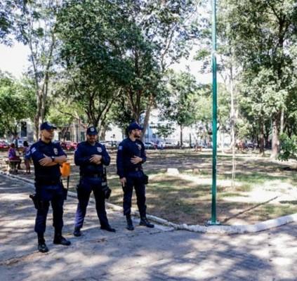Guarda Municipal realiza ação para apreender celulares...