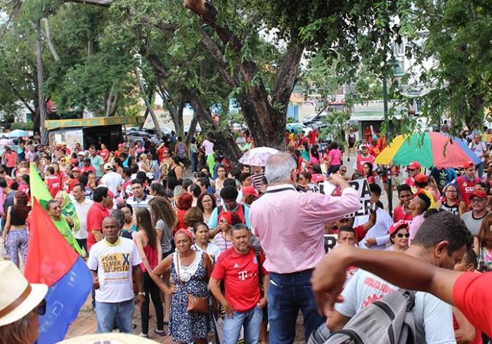 Movimentos sociais realizam greve geral nesta terça em Teresina