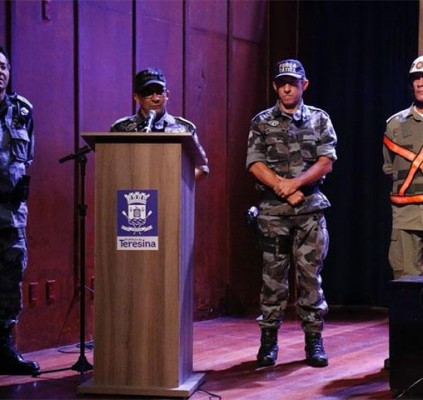 1200 policiais farão segurança dos foliões durante...