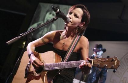 Amigos relatam 'depressão extrema' de Dolores O'Riordan