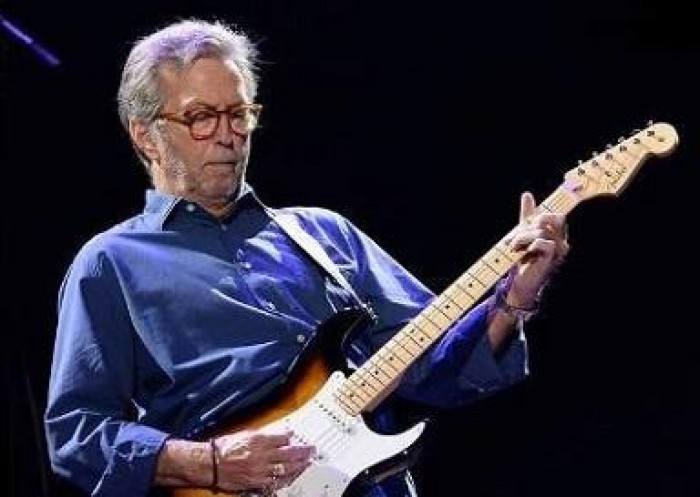 Eric Clapton revela dificuldade em tocar guitarra