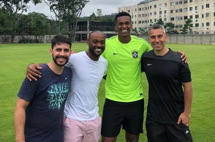 Flamengo aprova salário e Love tentará liberação de time turco