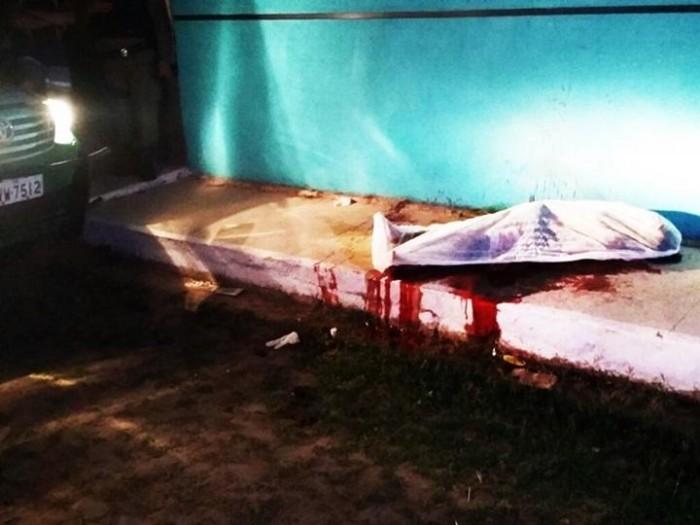 Homem é assassinado a golpes de faca em Parnaíba