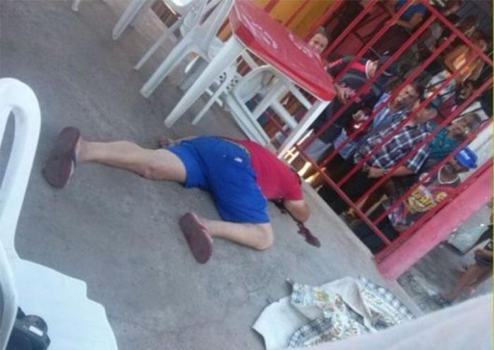 Homem é morto a tiros dentro de bar em Floriano