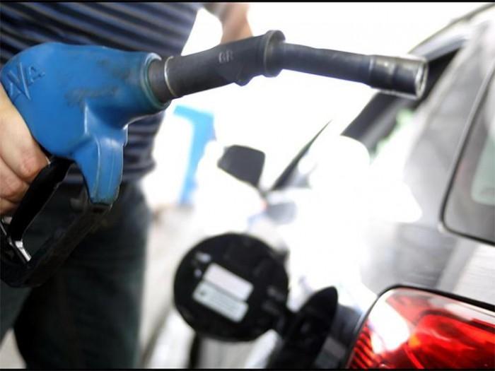 Petrobras aumenta valor da gasolina pela 3ª vez na semana