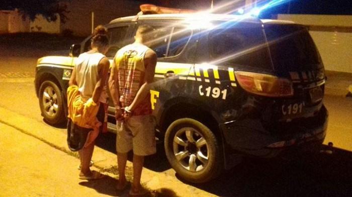 PRF prende suspeitos de roubar caminhão da Coca-Cola em Picos