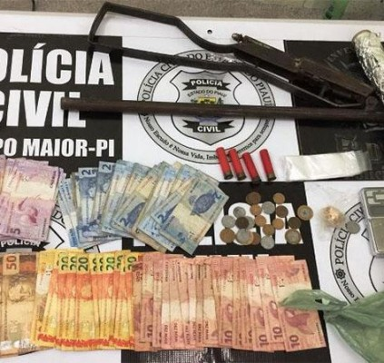 Casal é preso acusado de tráfico de...