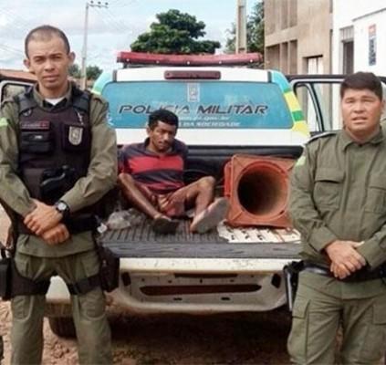 Homem é preso após tentar matar ex-mulher...