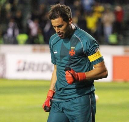 Martín Silva se destaca e Vasco entra...