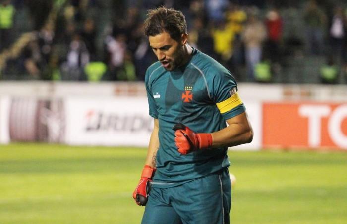 Martín Silva se destaca e Vasco entra oficialmente na Libertadores