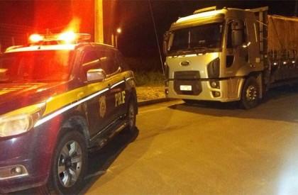 Caminhoneiro e servidor da Sefaz são presos por corrupção
