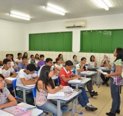 60 professores substitutos são convocados para rede...