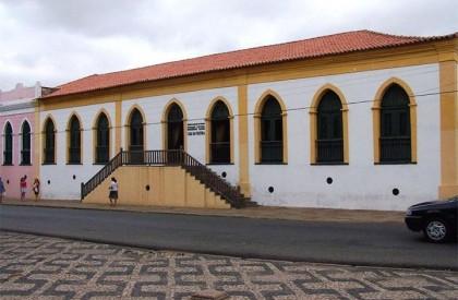 """Casa da Cultura recebe espetáculo """"Porcos"""" do Projeto 6ª às 6"""