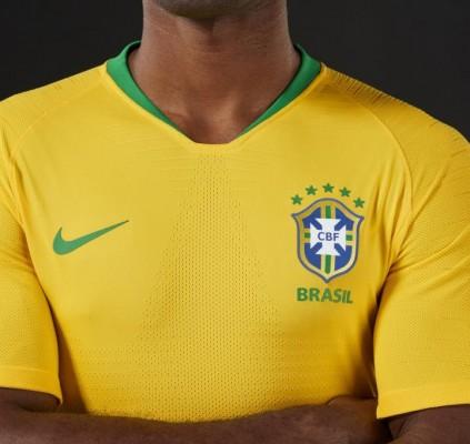 CBF lança uniforme da Seleção Brasileira para...