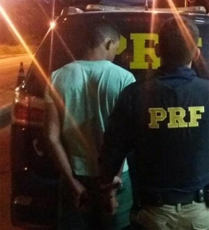 Dois homens são presos tentando roubar motocicleta na BR-230