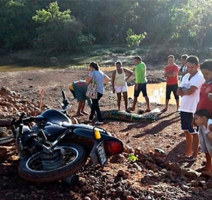 Homem morre após perder controle de motocicleta...