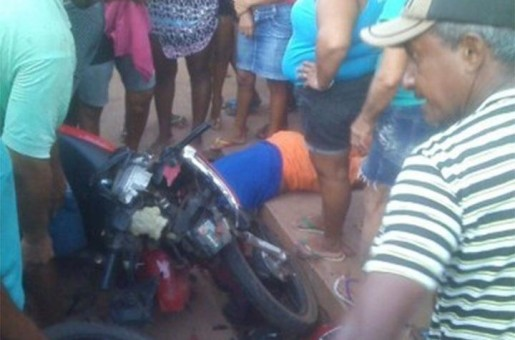 Colisão entre  motocicletas deixa uma pessoa morta em Esperantina