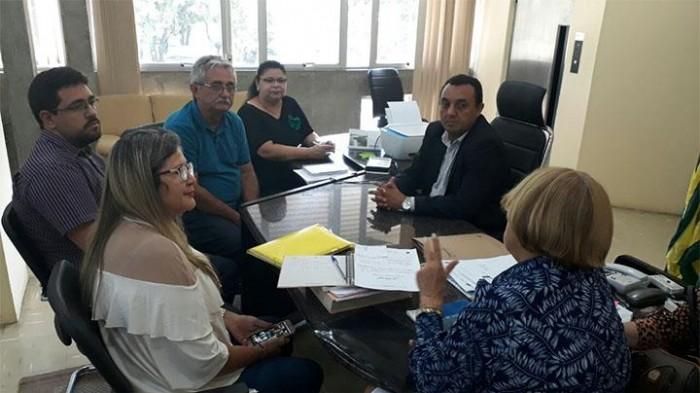 Prefeitura de Barras e Uespi discutem convênio na área de educação ambiental e saúde