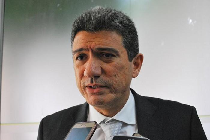 TRE-PI autoriza vereador Caio Bucar a desfiliar do PSD