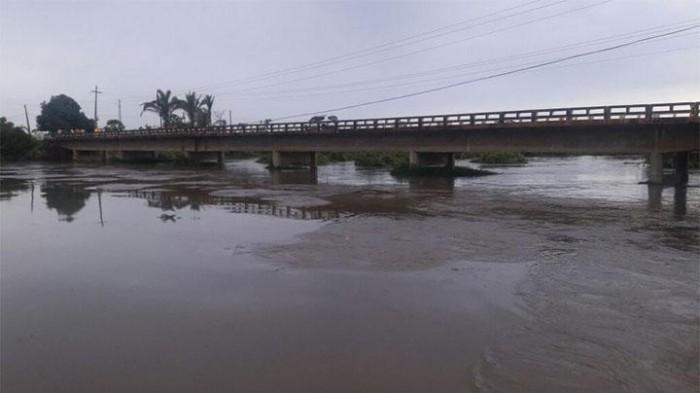 Barras: Rio Marataoan sobe 26 cm e famílias são deslocadas para abrigo