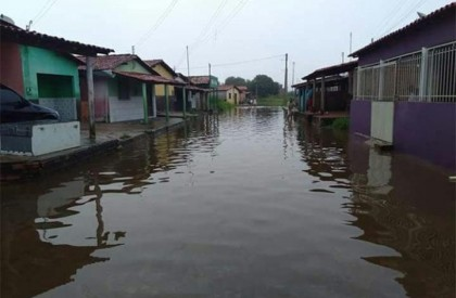 Residência desaba após forte chuva e alagamentos em Barras