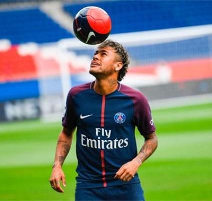 Neymar afirma está progredindo e diz que...