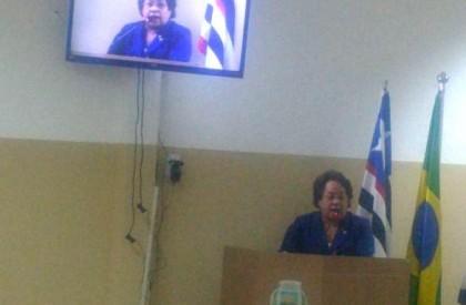 Timon: Vereadora denuncia falta de carteiras em escolas da...
