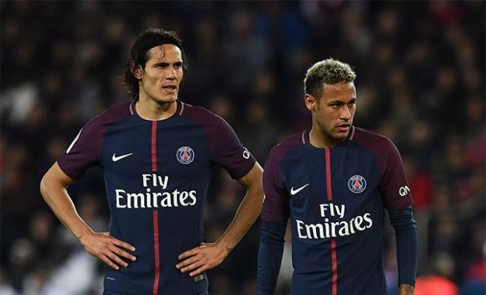 Antes de retorno de Neymar, Cavani relembra problema com brasileiro