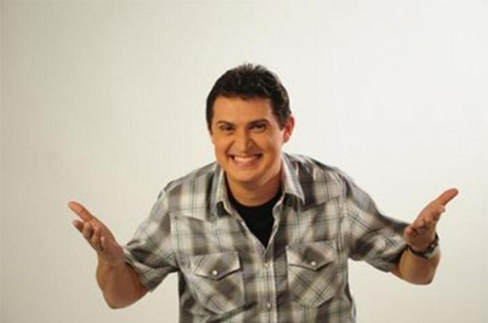 Caravana do Humor reúne humoristas em show neste domingo (06)