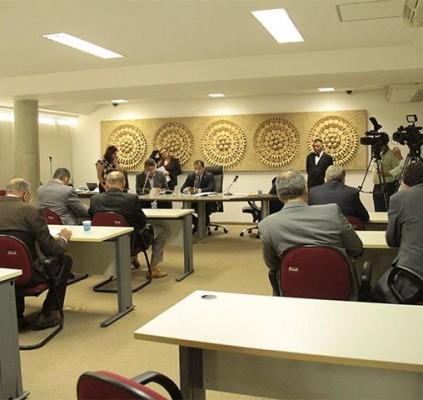 Comissões realizam reunião para apreciar reajustes salariais...