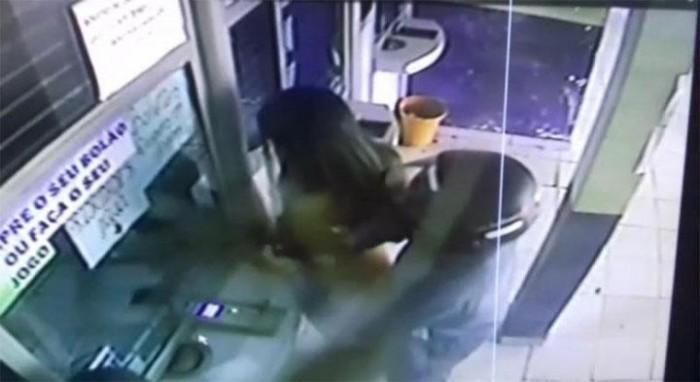 Dupla rende cliente e tenta assaltar casa lotérica em Capitão de Campos