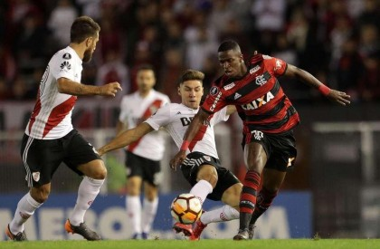 Flamengo empata com River em jogo apático na Argentina