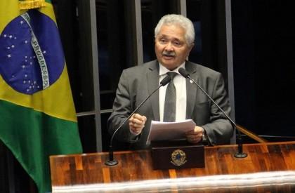 Elmano critica segurança e quer aumento de efetivo policial