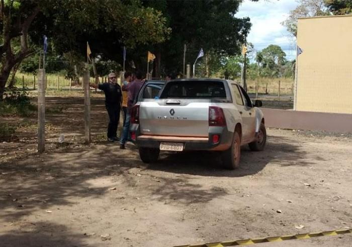 Engenheiro é encontrado morto dentro de carro em Teresina
